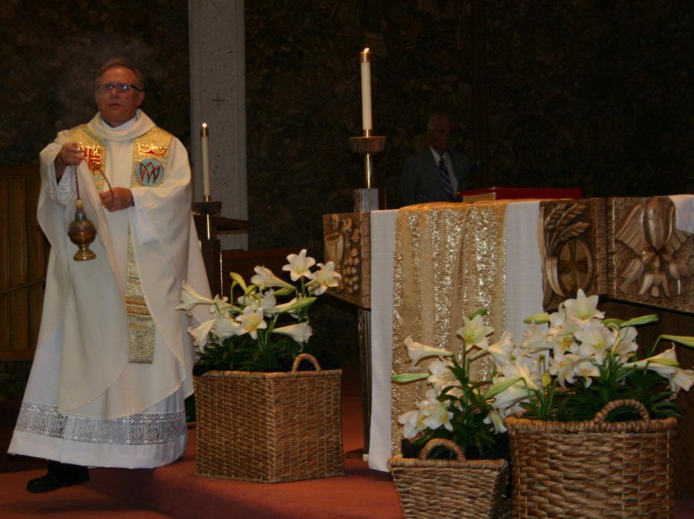 Father Andrzej Skrzypiec celebrates 30 years as a priest ...