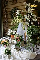 Many approaches to using flowers for a wedding