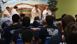 Bishop Solis celebrates Christmas Mass in jail