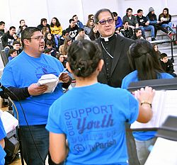 'Jesus is with you,' speakers tell youth at Walk With Me rally